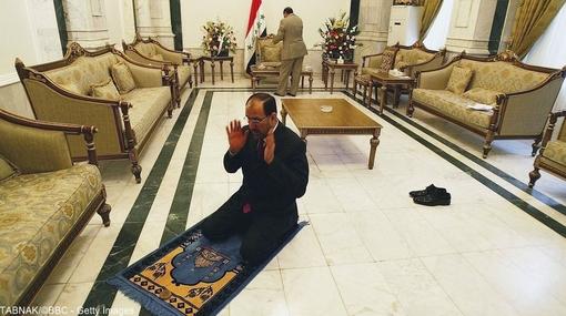 در سال ۲۰۱۰ عراقیها به پای صندوقهای رای رفتند. آقای مالکی برای بار دوم نخستوزیر شد.