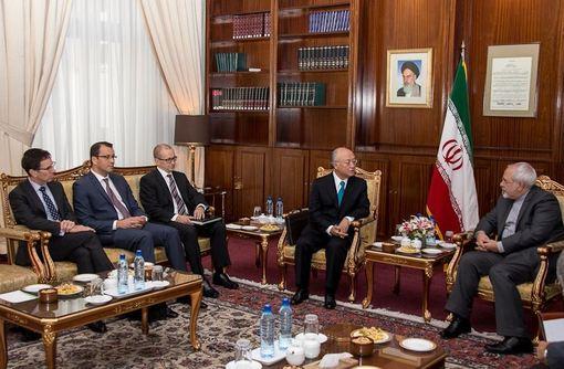 دیدار یوکیا آمانو، مدیر کل آژانس بینالمللی انرژی اتمی با محمد جواد ظریف/ISNA