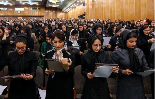 مراسم تحلیف کارآموزان کانون وکلای مرکز./ISNA