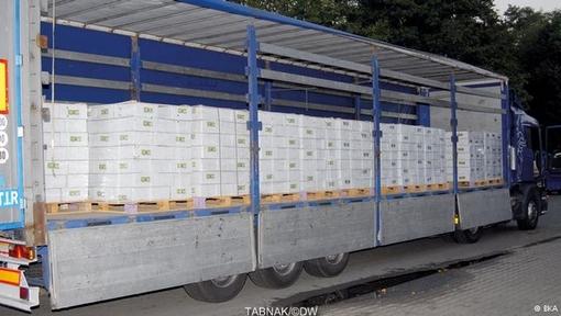 یورگ تسیرکه، مدیر اداره فدرال جنایی آلمان به خبرگزاری آلمان گفت: «تحقیقات ما شبکه بینالمللی خرید و فروش سازمانیافته مواد مخدر و سود فوقالعاده حاصل از آن را مستند کرده است.» به گفته او، این کشف بیسابقه نشان میدهد که محمولههای بزرگ به آلمان هم حمل میشوند و برای مبارزه با این پدیده نیاز به