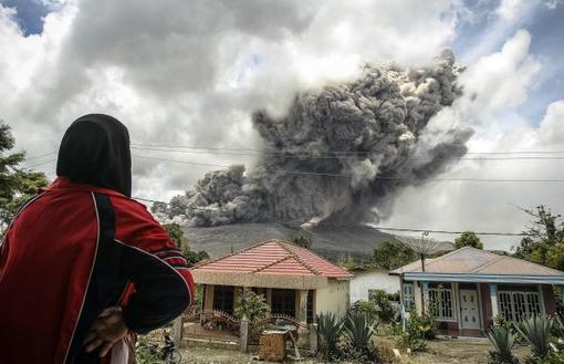 تازهترین فوران آتشفشان در سوماترای اندونزی./reuters