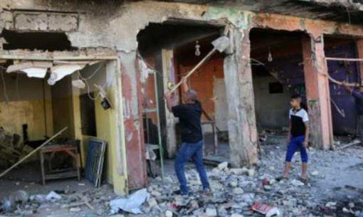 دست کم ۱۱ نفر در جریان یک بمبگذاری انتحاری در بیرون مسجد متعلق به شیعیان در بغداد، پایتخت عراق کشته شدند.براساس گزارشهای دریافتی این دومین حمله انتحاری ظرف بیست و چهار ساعت گذشته در این شهر است.گزارشها همچنین از مجروح شدن حدود ۲۴ نفر در نتیجه این بمبگذاری انتحاری حکایت دارد. ظاهراً این حملات بخشی از تلاشهای تکفیریهای تروریست برای ایجاد رعب و وحشت درمیان مردم ساکن بغداد است./bbc-ap