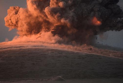 هدف قرار دادن نیروهای تکفیری - سلفی داعش در منطقه کوبانی توسط موشک هدایت شده «هوا به زمین»جنگنده های ائتلاف به رهبری آمریکا./afp
