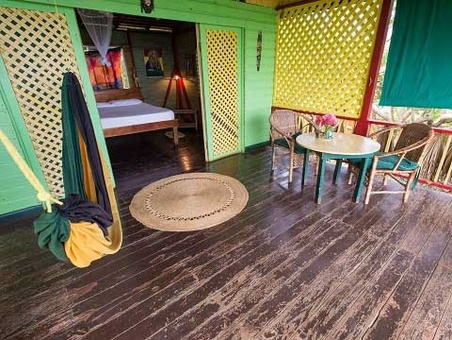 هتل فریاد موز جاماییکا