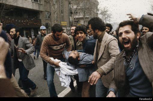 درگیری در خیابانهای تهران در آستانه فرار شاه و تشکیل کابینه بختیار