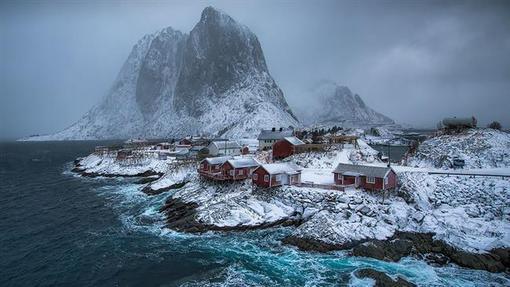 روستای همنوی در استان نوردلاند در نروژ