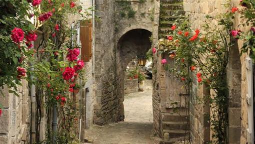 روستای پِن در شهرستان تارن در جنوب فرانسه