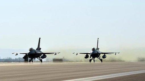 جنگندههای ارتش ترکیه تحت تسلط نیروهای وفادار به دولت قرار دارند