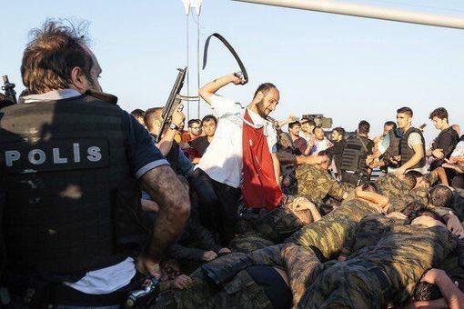 شکنجه کودتاچیان ادامه دارد
