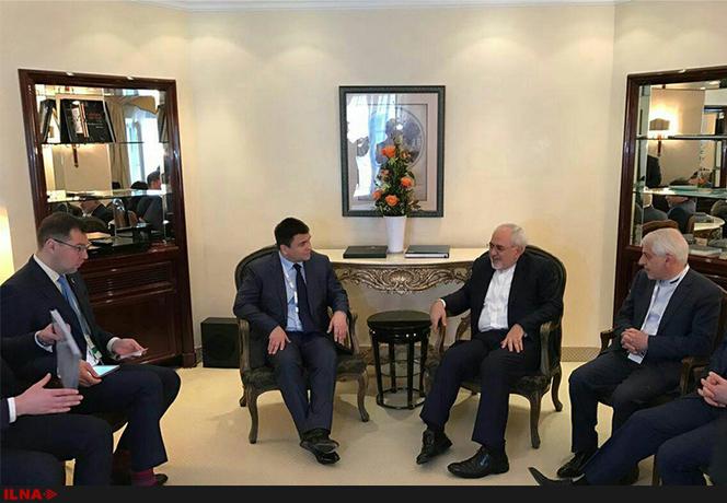 وزیر امور خارجه اوکراین در حاشیه کنفرانس امنیتی مونیخ با محمد جواد ظریف همتای ایرانی خود دیدار و گفتوگو کرد.