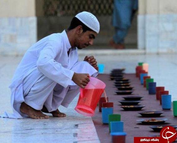 سفره افطار در پیشاور پاکستان