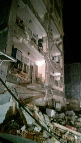 خسارت وارده به یک ساختمان در شهرستان اسلام آباد غرب