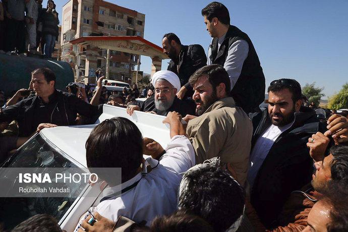بازدید رییس جمهور از مناطق زلزله زده