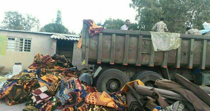 خودروهای حامل محموله های موکب های مازندران برای مراسم اربعین در کربلا به مناطق زلزله زده روانه شد