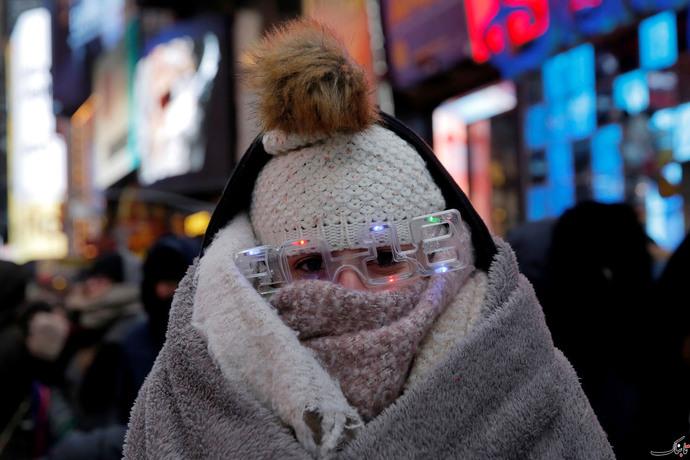 حضور در جشن سال نو در میدان تایمز نیویورک با وجود سردی هوا