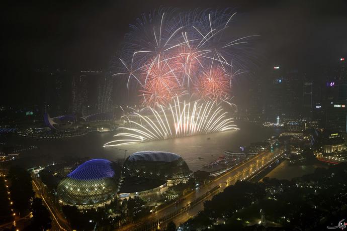آتش بازی در جشن سال نو در سنگاپور