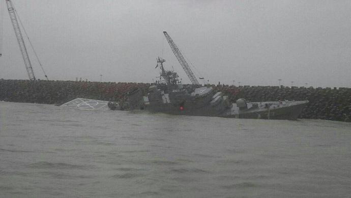دماوند،بزرگترین کشتی جنگی ایران در حال از دست رفتن است!