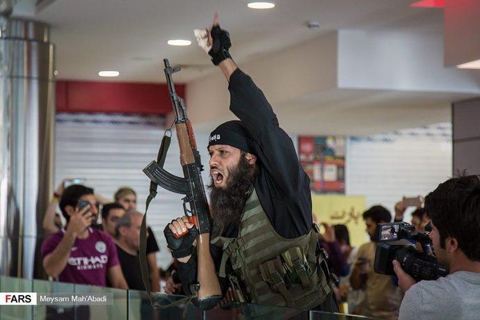 حضور داعشیهای «به وقت شام» در مرکز خرید!