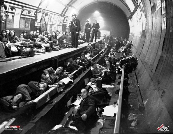 8 اکتبر 1940: پناه آوردن مردم لندن به ایستگاه های مترو هنگام حملات هوایی نازی ها