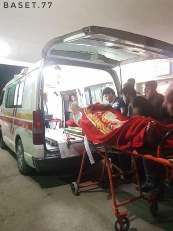 اعزام مصدوم زلزله دیشب به کرمانشاه از بیمارستان جوانرود