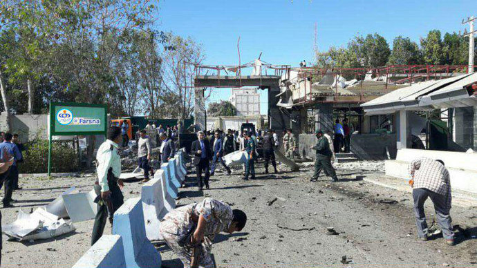 4 شهید و 15 مجروح در حادثه تروریستی در چابهار/ هدف عامل انتحاری ورود به مقر فرماندهی بود