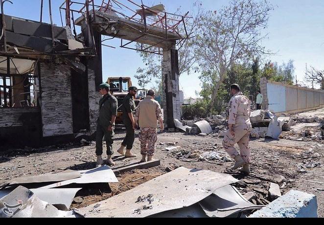 گزارش کامل از حادثه تروریستی در چابهار/ هدف عامل انتحاری ورود به مقر فرماندهی بود/ تعداد شهدا 2 تن است نه چهار تن