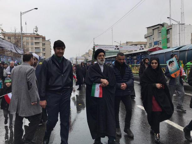 هادی خامنه ای در راهپیمایی ٢٢ بهمن