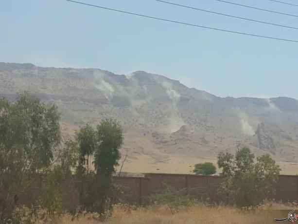 ریزش سنگ و خاک در کوه آسماری